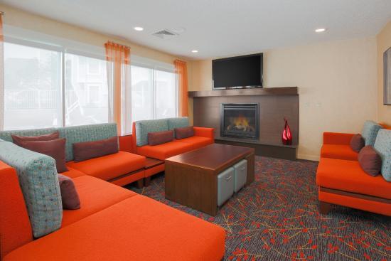 Residence Inn Cincinnati North/Sharonville: Lobby