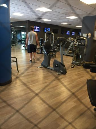 Wyndham Hamilton Park Hotel and Conference Center : Fitness center