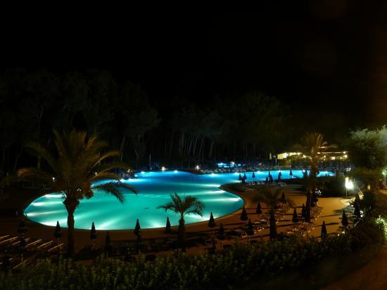 Ti Blu Village - TH Resorts: notturno piscina