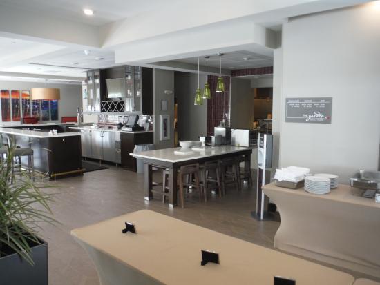 Self Serve Breakfast Bar Picture Of Hilton Garden Inn Bristol Bristol Tripadvisor
