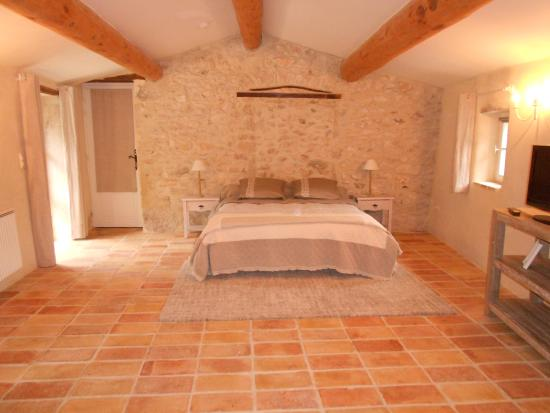 La chambre 30m2 photo de le mas de la lance roche saint - Location d une chambre meublee ...