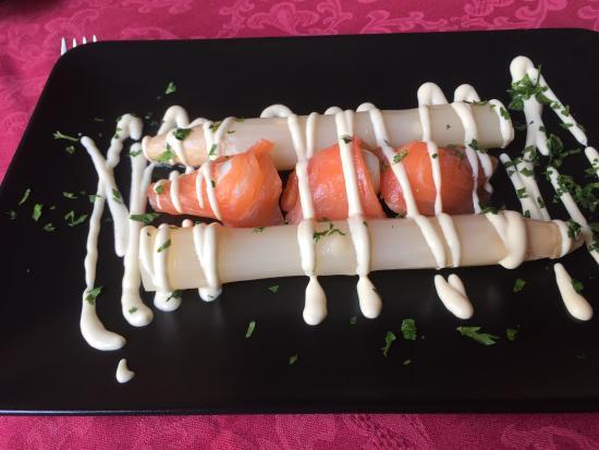 Las Anforas: Espectaculares los platos que hemos disfrutado hoy para almorzar, atención personalizada y trato