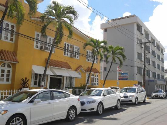 Hotel Villa del Sol: Aspecto Exterior.