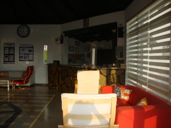 La Maison Apartments: reception area