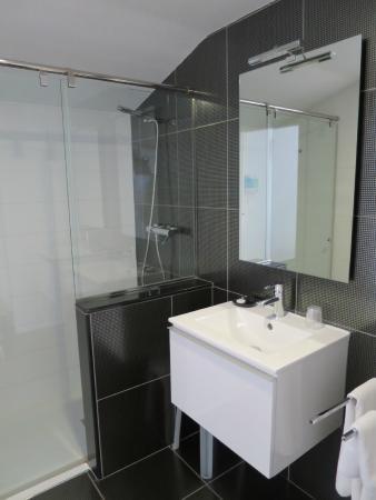 Bekale: Baño