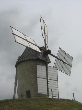 Grateloup-Saint-Gayrand, Francia: beau moulin