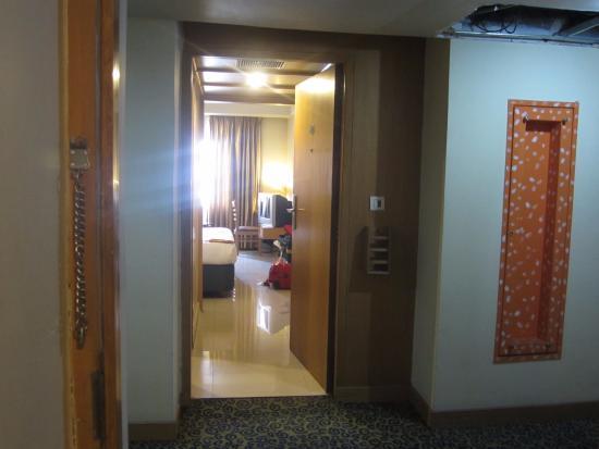 Kassane G R Hotel