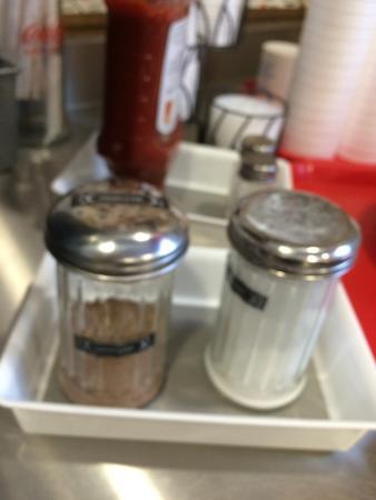 Baymont Inn & Suites Manchester - Hartford CT: Absolutely generous breakfast array. Genius item: cinnamon sugar next to the regular sugar. Bonu