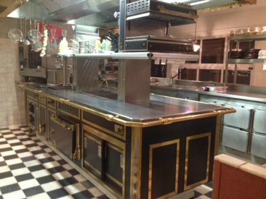 Design Keuken Groningen : Vanuit het restaurant heb je zicht op de keuken foto van proevens