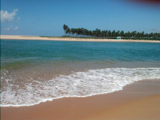 Barra Do Jacuipe Beach
