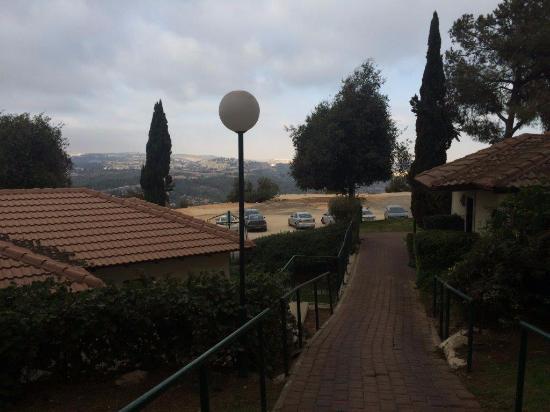 Shoresh, Izrael: מבט לחדרים