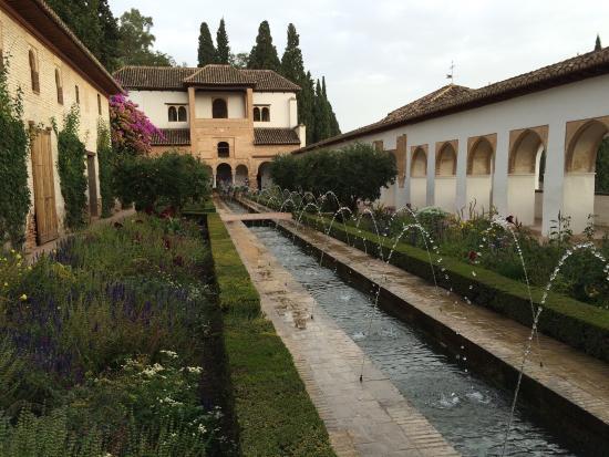 the alhambra alhambra - Jardin De L Alhambra