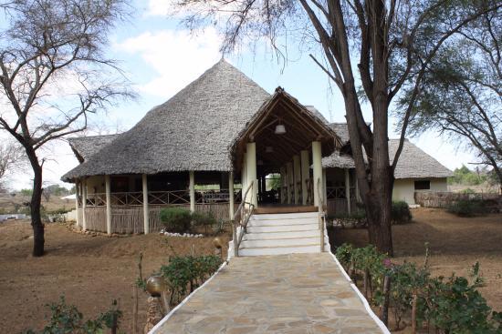 Entrata doa doa obr zek za zen doa doa safari club for Rimodernato ranch di entrata del ranch