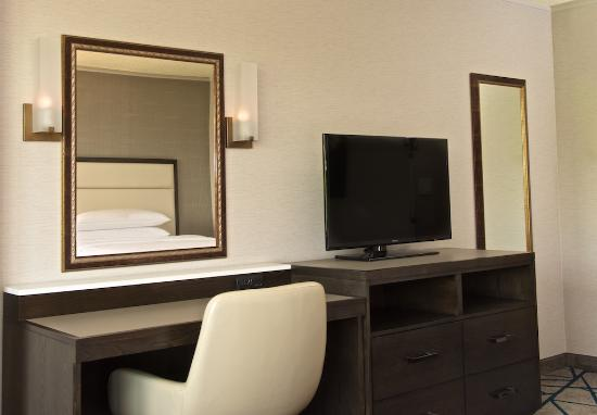 Embassy Suites by Hilton Portland Washington Square: Your bedroom features a comfortable dry vanity with excellent lighting and extra outlets.