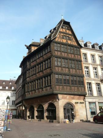strasbourg la maison kammerzell picture of la petite france strasbourg tripadvisor. Black Bedroom Furniture Sets. Home Design Ideas