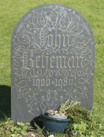 Trebetherick, UK: John Betjeman's Grave