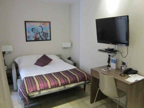 La Villa d'Elsa : Room with a sofa-bed