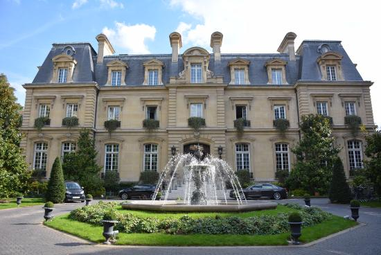 Exterior Of Hotel Picture Of Saint James Paris Relais