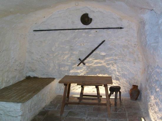 Casa-Cueva de Medrano