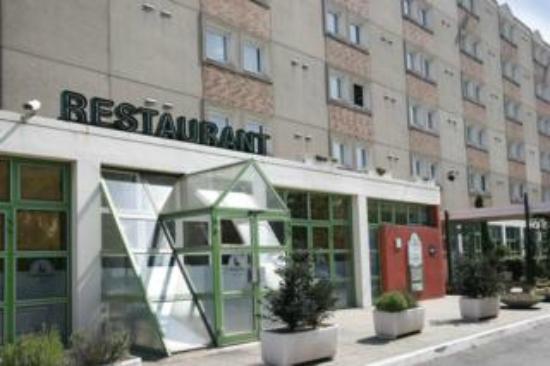 Hotel campanile photo de campanile paris est bobigny for Chambre 13 bobigny