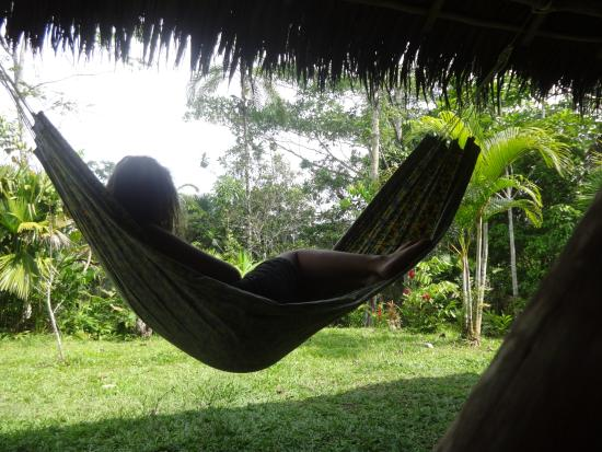 San Pedro Lodge: Chilling in the hammock