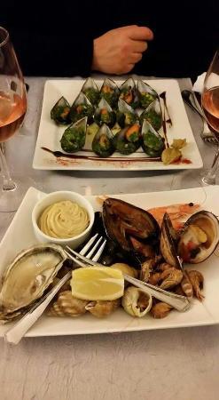 restaurant les oliviers dans houdan avec cuisine autres cuisines europe ennes. Black Bedroom Furniture Sets. Home Design Ideas