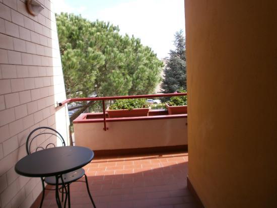 Terrazzo coperto. - Picture of Casa per Ferie Domus Nascimbeni ...