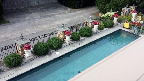 The Fernbrook Inn : Fernbrook Inn Pool