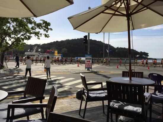 Cafe marine terrace for 6 marine terrace