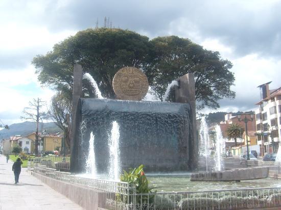 Parque Orellana Pumaqchupan