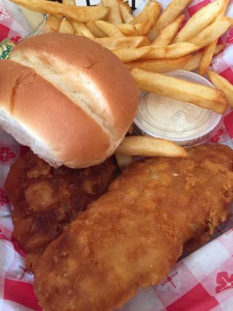 Curly's Chicken House