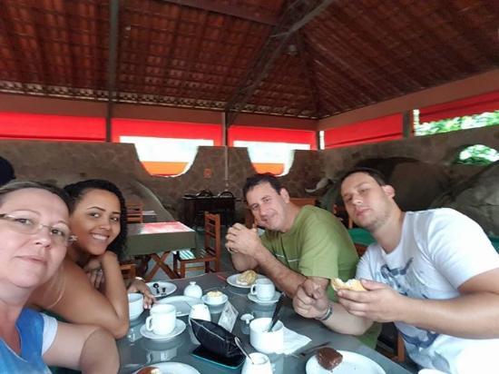Pousada Canto do Curio: Café da manhã