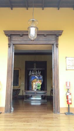 Casa Urquiaga (Casa Calonge): Vista de ingreso a primer salón