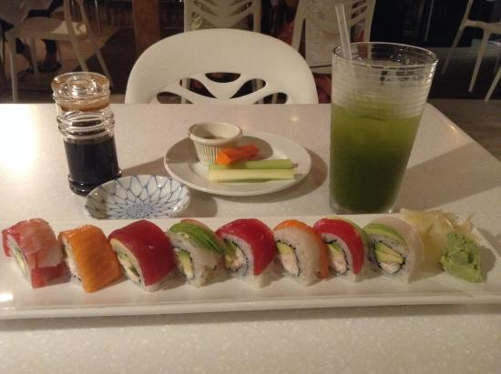 Wasabi Bistro: Rainbow Roll and green tea