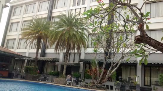 Kolam Renang Hotel Rattan Inn Picture Of Rattan Inn Banjarmasin