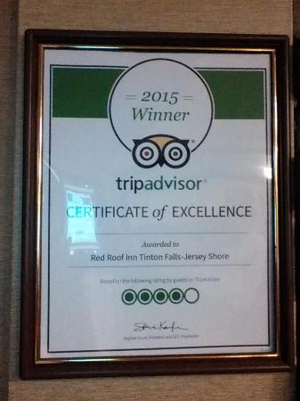 Red Roof Inn Tinton Falls-Jersey Shore: Good rating from TripAdvisor.