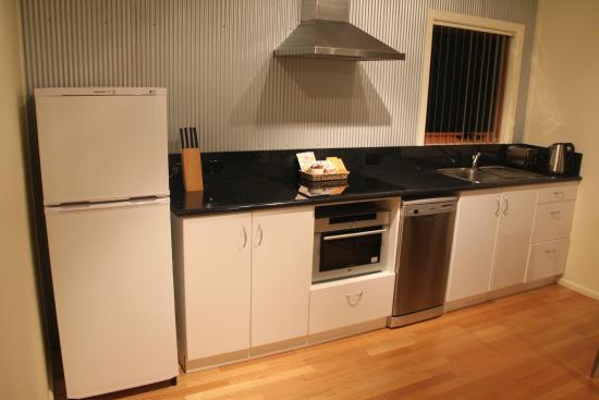 Aloft Boutique Accommodation Strahan: Cocina