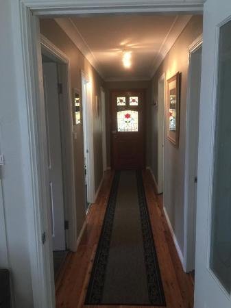 Kubba Roonga Guesthouse: hallway