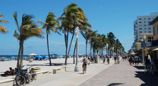 Hollywood Beach Great Boulevard