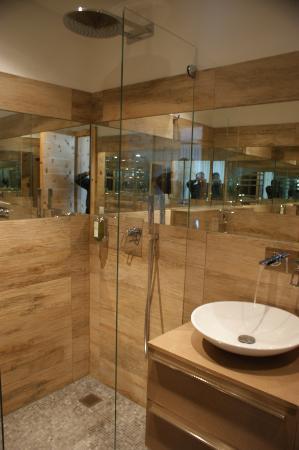 Hotel Piz St. Moritz: Design Beispiel Bad