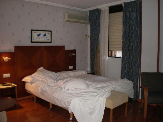 Hotel Xauen: Habitación con cama extra-grande