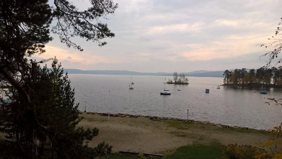 FonGrad SPA Hotel: Озеро Тургояк. Вид со стороны Золотого Пляжа