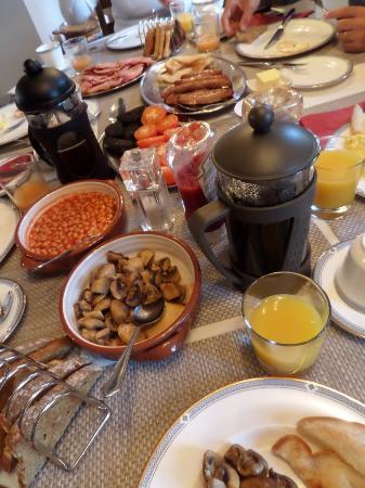 Muker, UK: Ahhh...our breakfast!