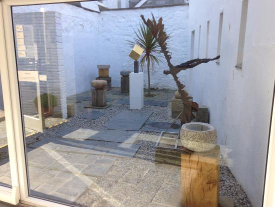 The Penwith Gallery: Inspiring display