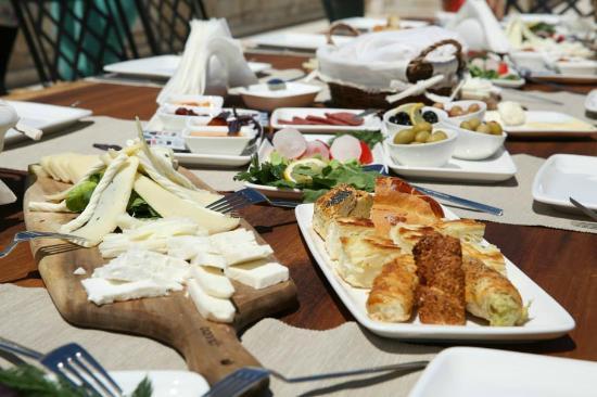 Nyssa Restaurant