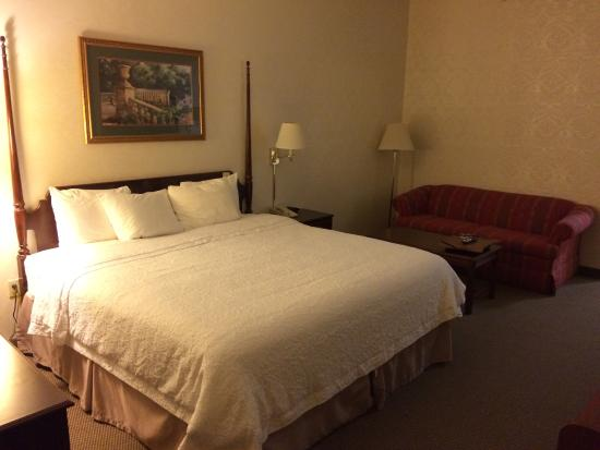 Hampton Inn Morristown: Room 107