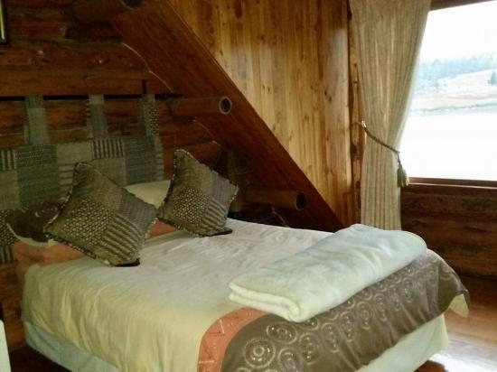 Stanford Lake Lodge: Bedroom