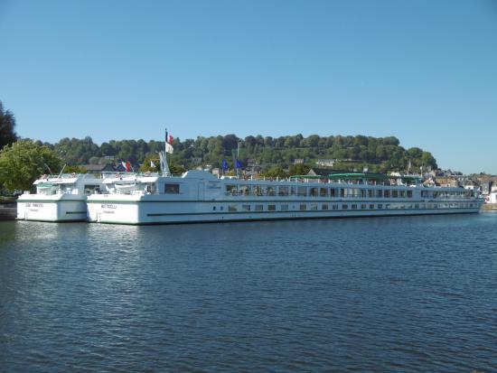 Au Vieux Honfleur River Cruise Boats  Picture Of Le Vieux Bassin Honfleur