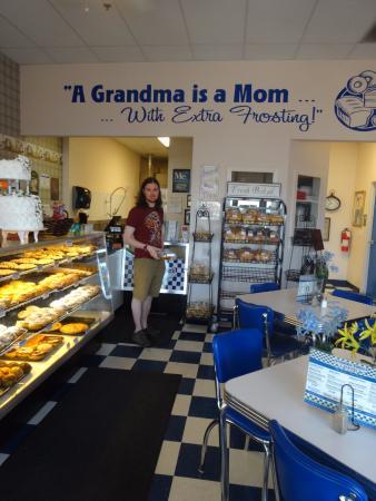 Grandma Tobler's: Beautifully decorated