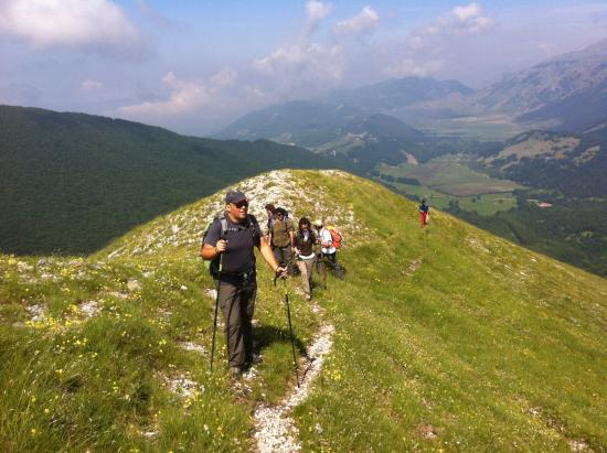 Guardiaregia, Italy: walking excursion in the Matese Mountains @casale Kolidur